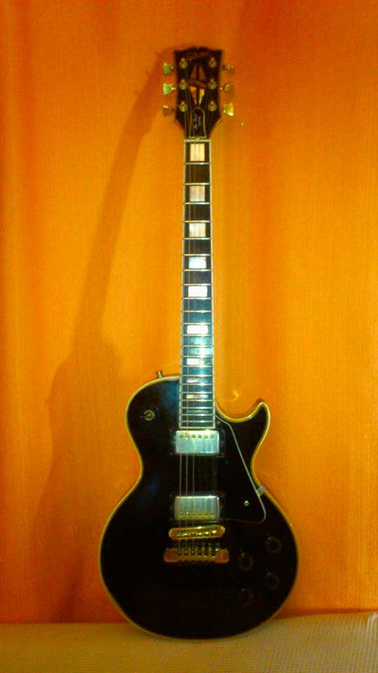 guitarra Charly Brown