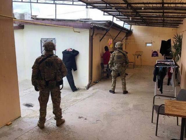 В Одессе силовики задержали членов наркогруппировки, которые распространяли метадон методом «закладок»