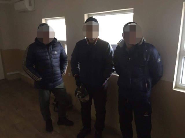 В Одесской области задержали троих вьетнамцев, которые незаконно находились в Украине