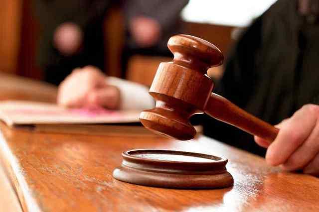 Перед судом ответят 4 мужчин, которые избили и ограбили одессита на поселке Котовского