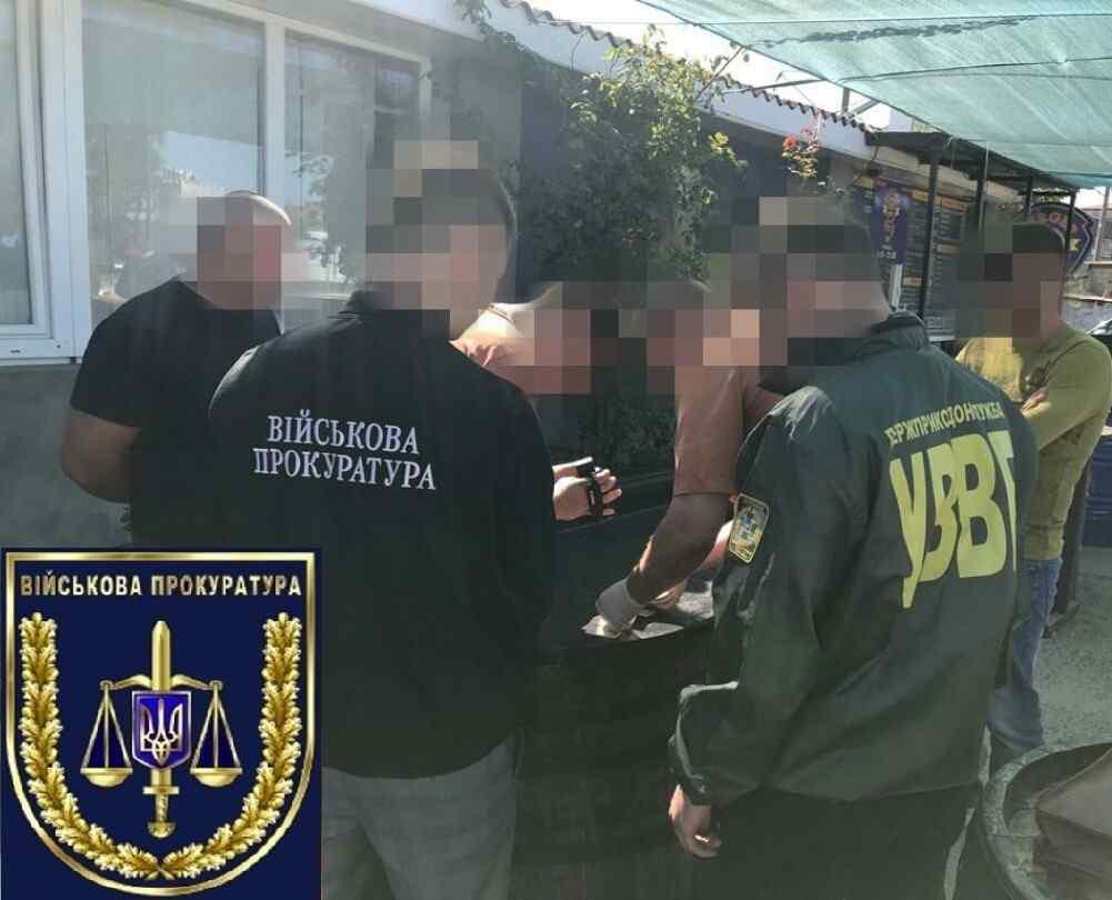 На курорте в Одесской области предприниматель пытался дать взятку пограничнику