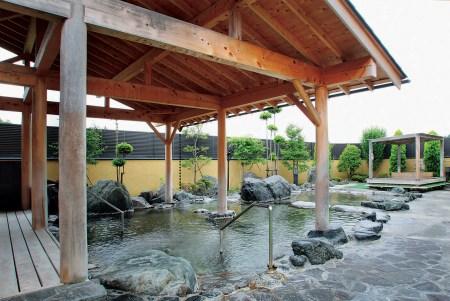加護坊温泉 さくらの湯【大崎市 田尻】肌触りが優しい無色透明の源泉かけ流し風呂