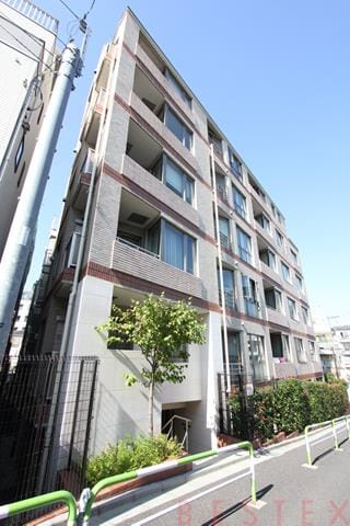 スターロワイヤル文京小石川 1階