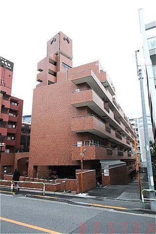 シャンボール小石川 2階