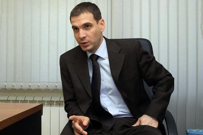 Милош Јовановић: Наша власт је колонијална елита која нам понавља да смо мали