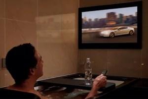 好きな映画を見ながらお風呂に入る贅沢。スパージュのアクアシアター