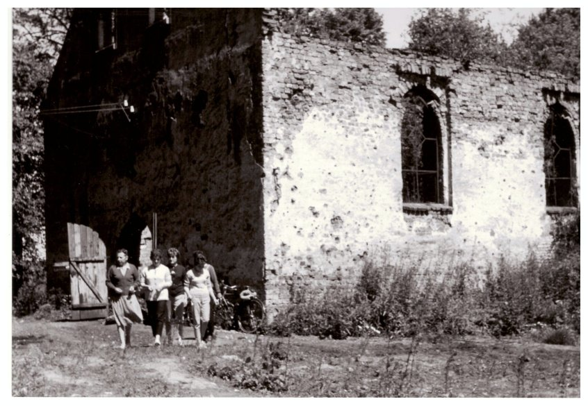 Ruine der Kirche 1962