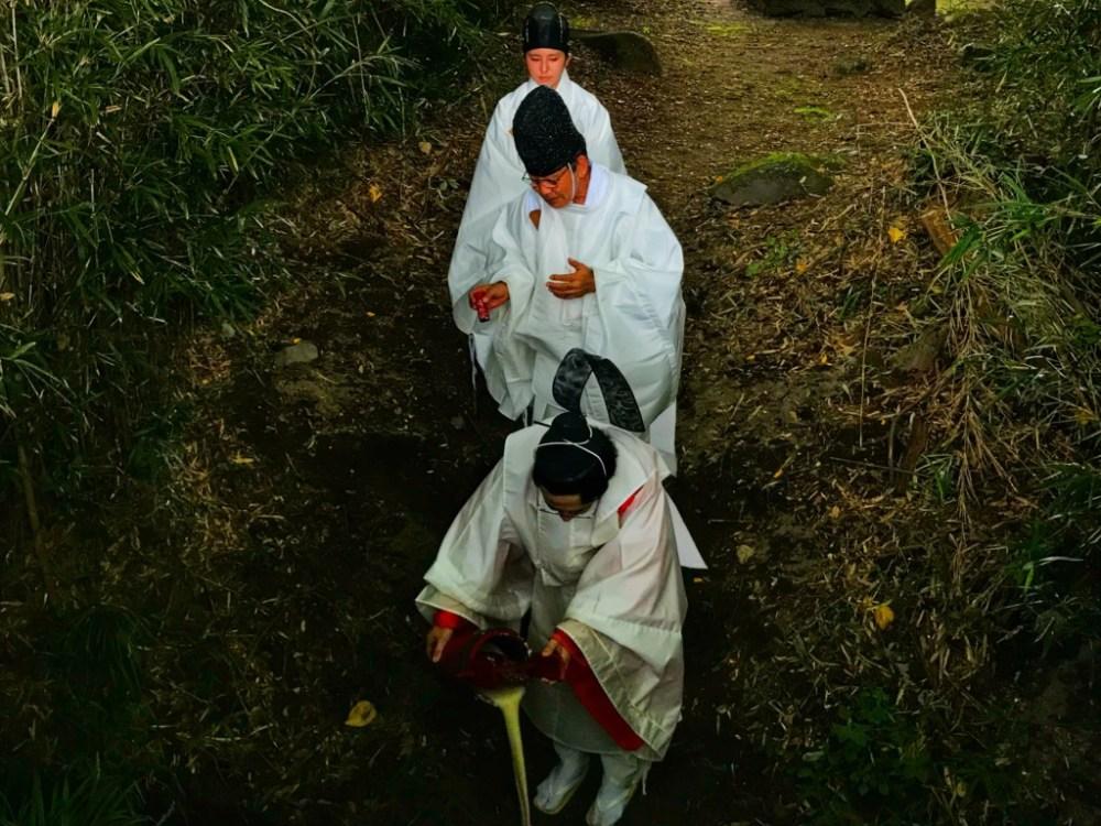群馬県前橋市の月田近戸神社の御川降り神事(おかおりしんじ)甘酒流し