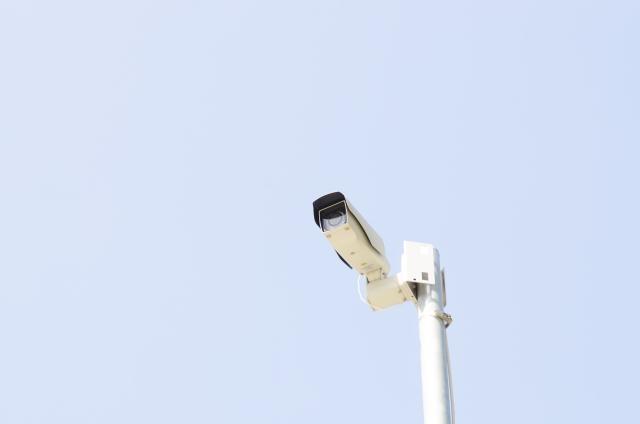 wifi式と無線式 ワイヤレス防犯カメラとしてどちらが防犯対策に有効か?
