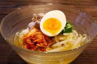 麺 カロリー 冷 韓国