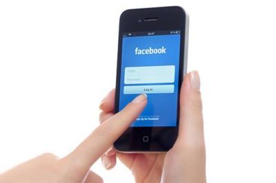 LINEのアカウントデータ引き継ぎは、Facebookログインでも行える!
