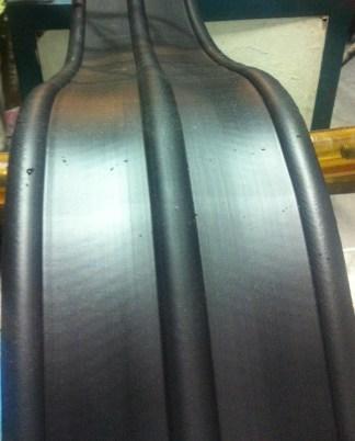 PVC วอเตอร์สต๊อป A10b 10 นิ้ว 3 ปุ่ม หนา 9.5 มิลลิเมตร (25 เมตร)