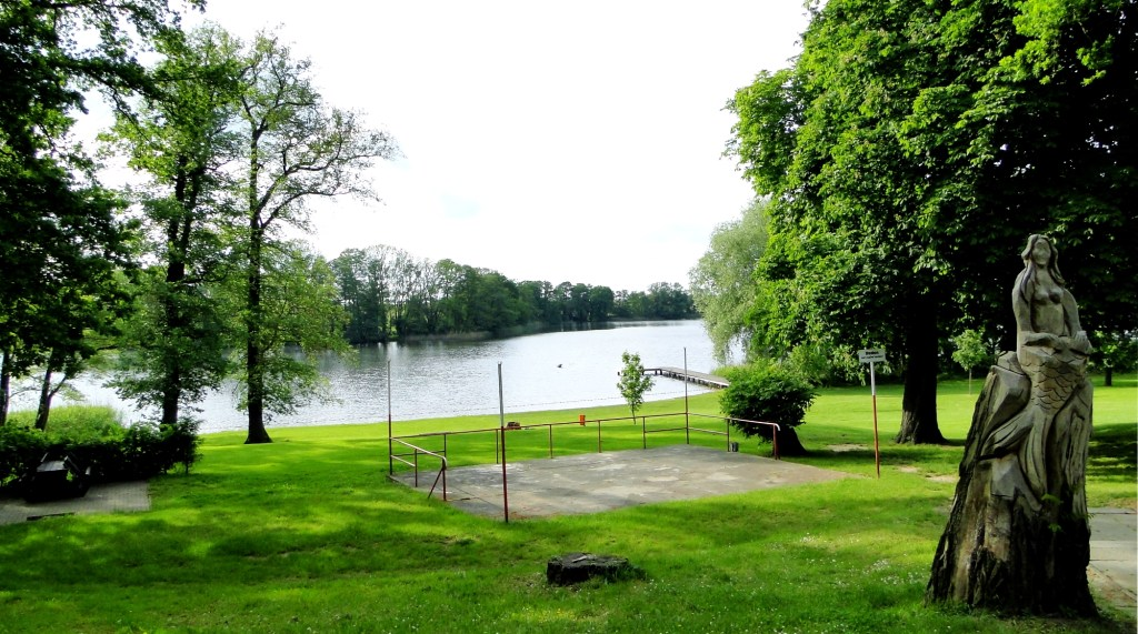 Zwiedzanie okolic Frankfurtu nad Odrą - jezioro Alt Zeschdorf