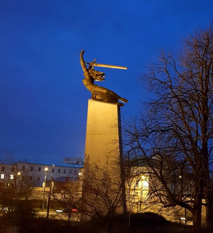Weekend w Warszawie - pomnik Bohaterów Warszawy