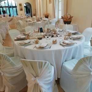 housses de chaises, nappes de table, mariage