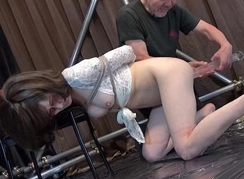 穴哭 凌辱膣肛拡張 嬲られるパイパン人形 つるのゆう
