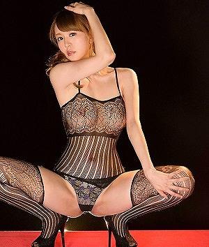 立花瑠莉 Debut Vol.42  規格外といわれた身体と超高速生騎乗位