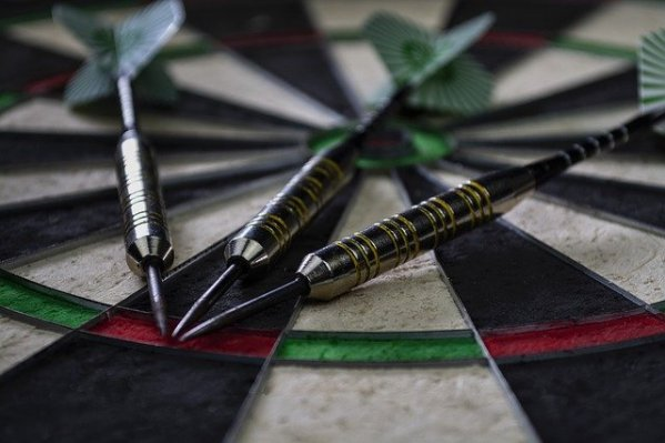 darts-3875088_640