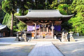 小国両神社 拝殿