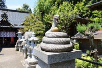 白蛇神社 石像