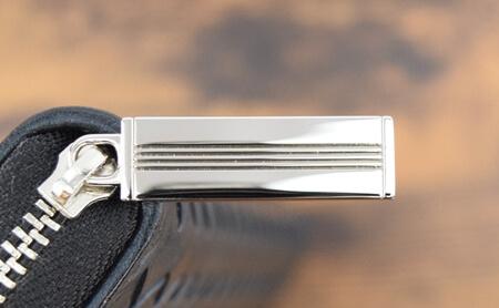 『ポンテマットーネ・グラディウス』 金属製の引き手の裏面