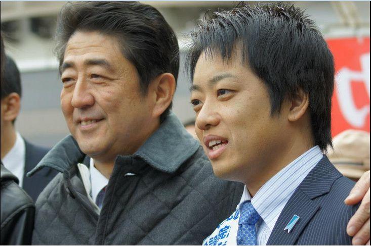 【社会】小川参院議員の長男を強制わいせつで再逮捕。小学生の女児2人の胸を触った疑い★5 ->画像>48枚