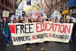 ロンドンで授業料の無料化を訴える学生デモに1万人が参加!世界一学費が高い(学生負担が大きい)日本こそやるべきではないでしょうか。