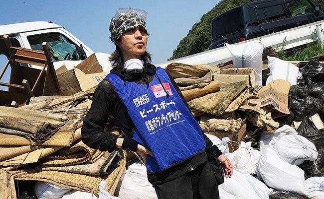 【知らんかった】LUNA SEA、X JAPANのギタリストSUGIZOさんが真備町でボランティア!現場監督も
