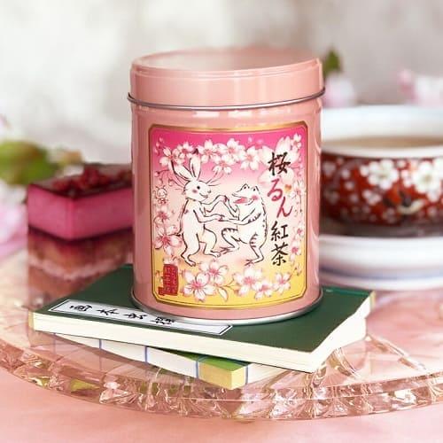 和なイラストが可愛い桜るん紅茶