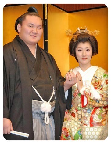 Image result for 横綱白鵬 和田紗代子