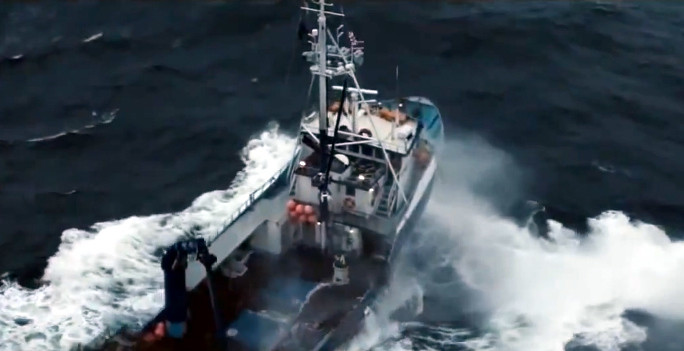 bote_superman-navegando