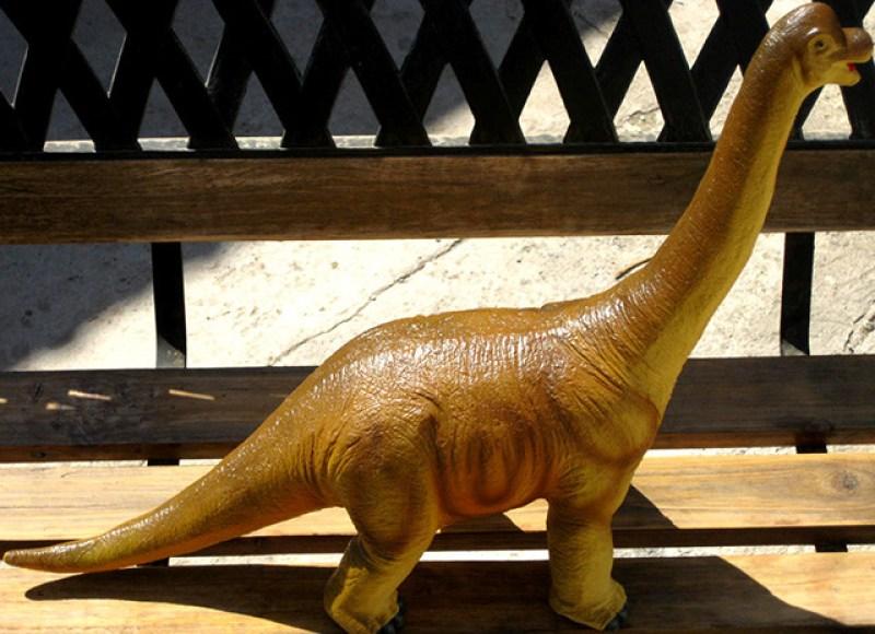 juguete-diplodocus-2
