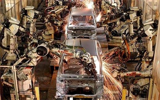 predicciones-isaac-asimov-robot-realiza-trabajo-rutinario