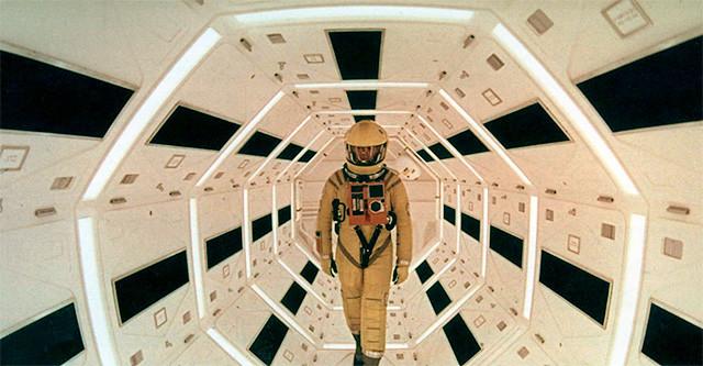 2001-odisea-espacial-astronauta