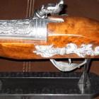 pistola-antigua-encendedor-chica-760-3