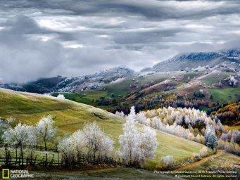 amanecer en en Rumania, tierra de hadas y vampiros