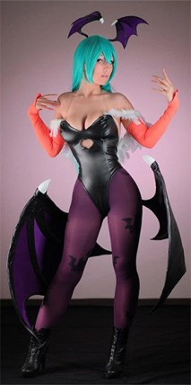 cosplay-morrigan-videojuego-darkstalkers