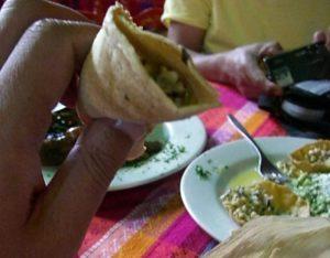 おいしいメキシコ料理 エスカモーレ