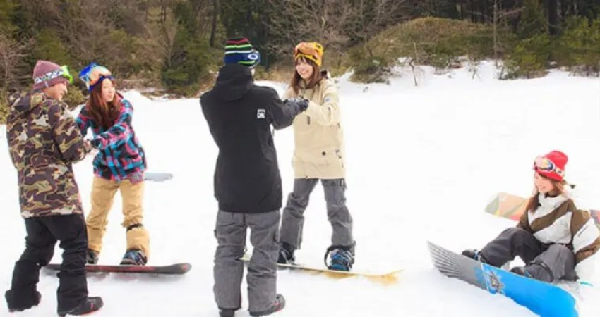 スノーボード初心者がスクールに入る