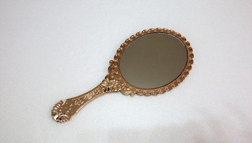 ダイソー鏡可愛い