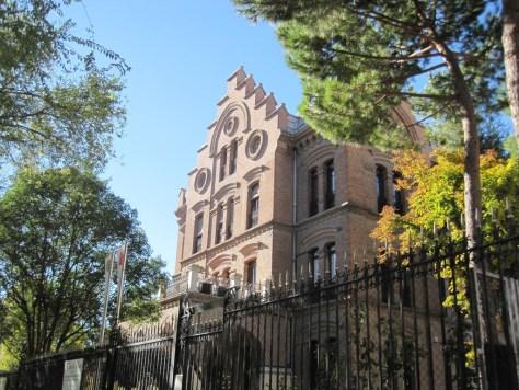 """Colegio """"El Porvenir"""" en Cuatro Caminos"""