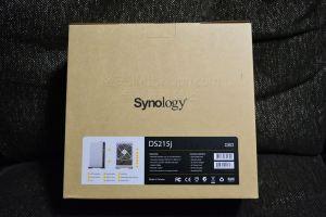 Synology DS215J梱包画像