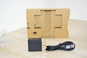 W01専用ACアダプターとマイクロUSBケーブル