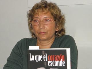 Está es una fotografía de la escritora encarnación alcalde brotons