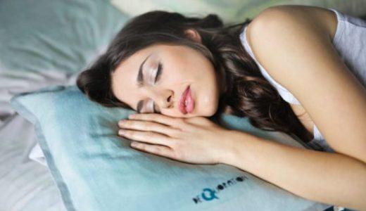 ダイエットは寝相で決まる?!正しいうつ伏せ寝は美容効果あり?