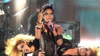 Rihanna, modèle à suivre ou à fuir ?