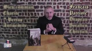 """L'abbé Rioult répond au questionnaire """"Culture générale"""" d'E&R Lille"""