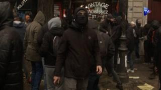 5 décembre à Paris : Entre manifestants et Black bloc (avec interview de François Asselineau – UPR)