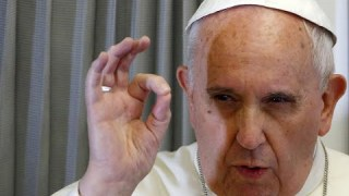 """Le """"pape"""" Francois persiste et signe."""