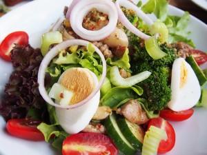 salad-835441_640